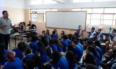 Procon Uberaba vai à escolas da rede estadual e discute consumo e sustentabilidade