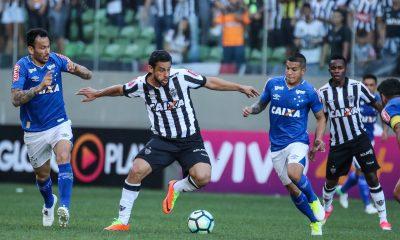 Secretaria de Saúde avalia proposta para retorno do futebol
