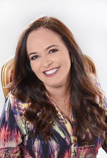 Dra. Geórgia F. Maciel Xavier – Cirurgiã dentista