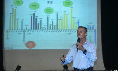 Prefeito Paulo Piau presta contas dos mandatos a entidades de Uberaba