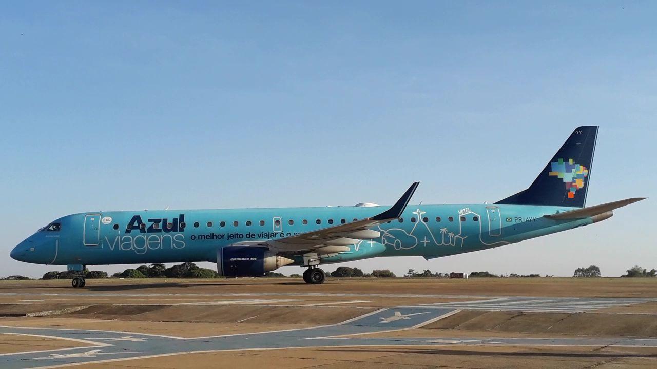 Governo Municipal celebra voo inaugural para Porto Seguro pela Azul