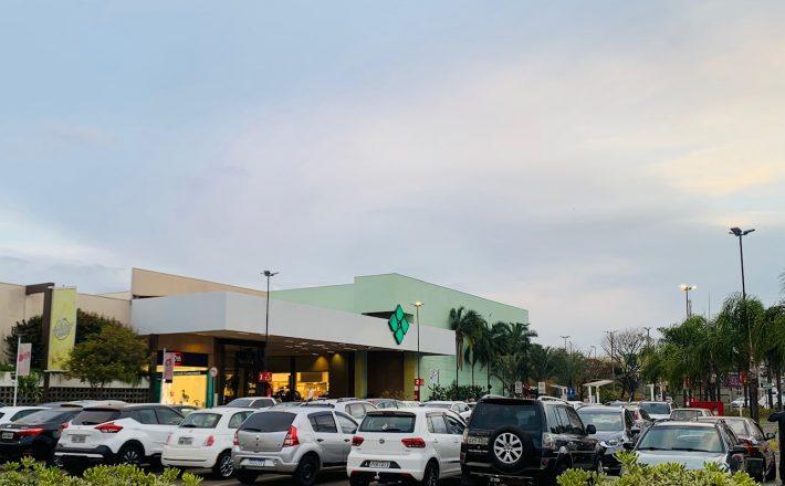 Shopping Uberaba mantém horário normal no dia 15