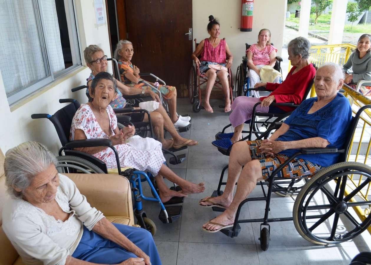 Governo Municipal segue monitorando abrigo de idosos com casos de Covid-19
