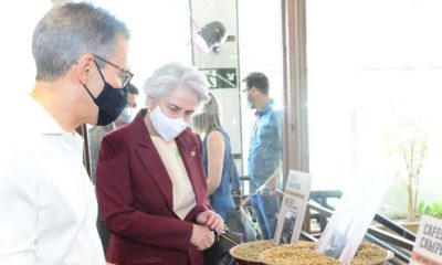 Romeu Zema participa do lançamento dos Cafés Campeões da Safra 2020