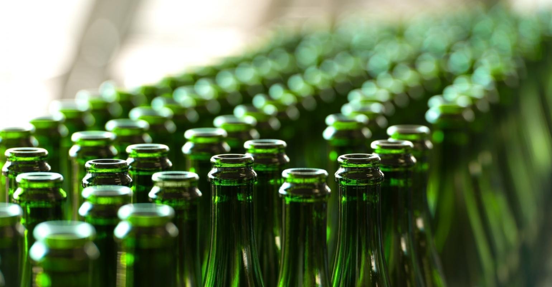 Prefeita recebe associação que propõe reciclagem de vidro em Uberaba