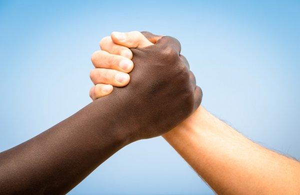 Secretaria de Comunicação convida profissionais e especialistas negros para participarem de guia de fontes do Manual de Comunicação Antirracista