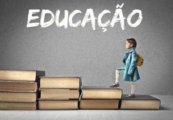 Educação prepara volta às aulas presenciais para alunos de 3 anos