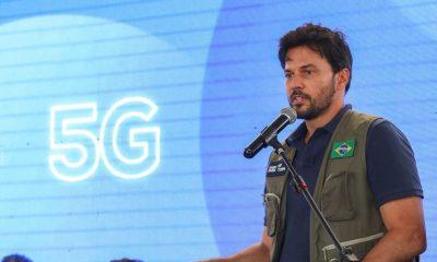 Investimentos do 5G vão universalizar internet no Brasil, diz ministro